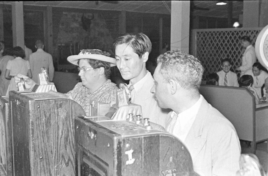 Slot machines at the Arcadia Russian Restaurant & Nightclub 1940